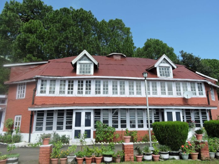 Circuit House Kasauli Solan
